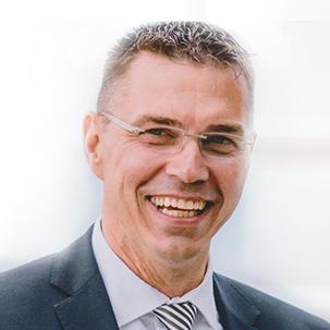 Piet van den Bahr
